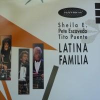 Latina Familia