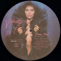 vanity-pretty-mess-12